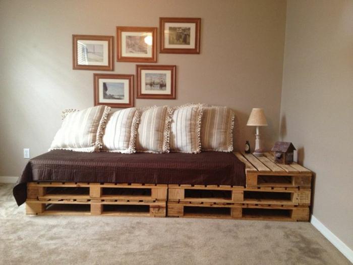 Rozkładana sofa palet